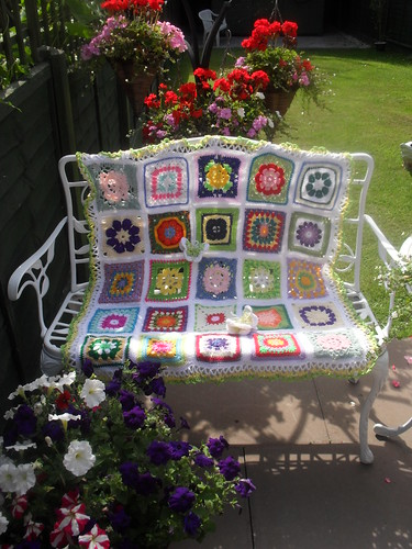 Lots of colour on this Blanket.......>