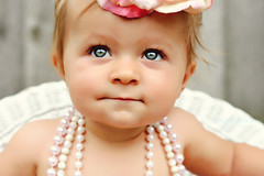 【夢占い診断】赤ちゃんがお乳を飲んでいる夢