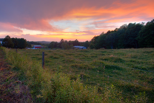 sunset summer canon eos pennsylvania mark farm ii 5d barbedwirefence exposurefusion canon5dmarkii