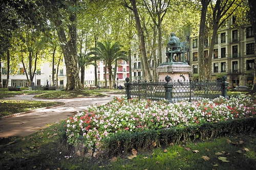 Agitaci n communist initiative for Jardines de albia en bilbao