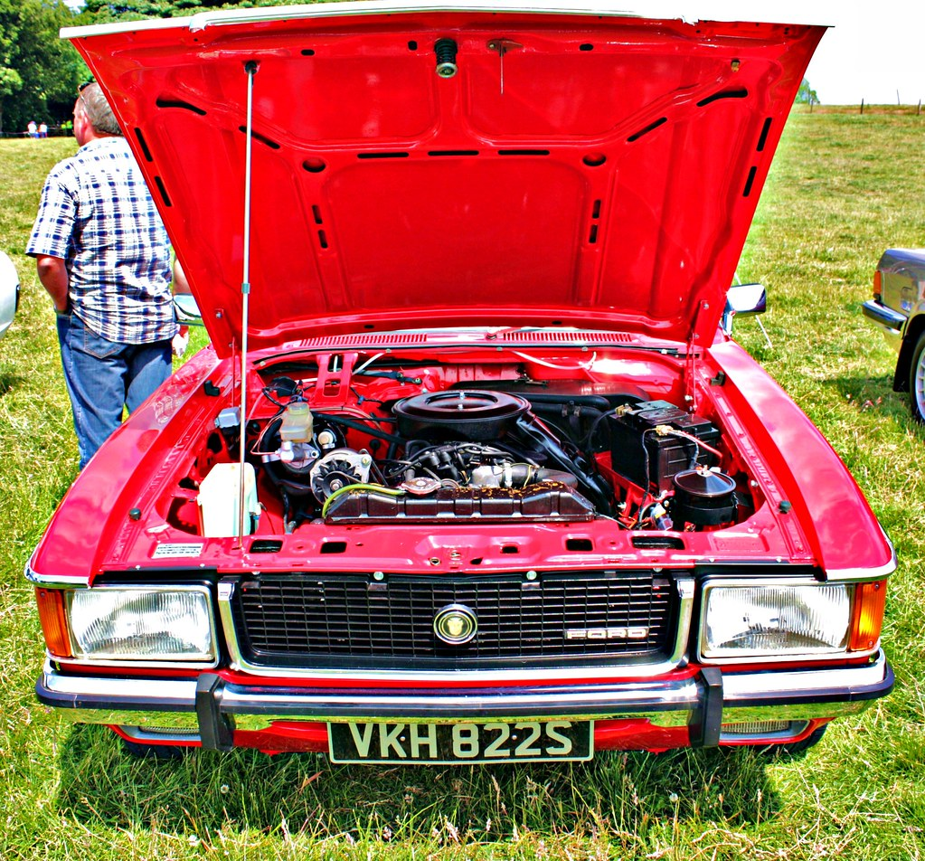 1977 Ford Granada Ghia Coupé 3L Essex V6 Engine