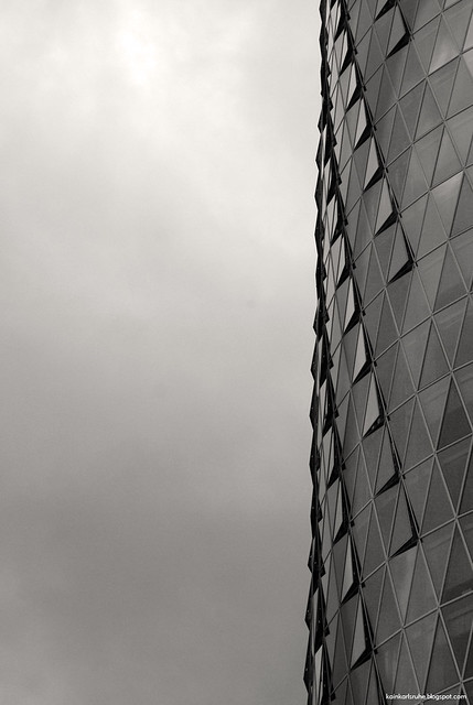 Inka westhafen tower 2003 for Corbusier sessel 00 schneider