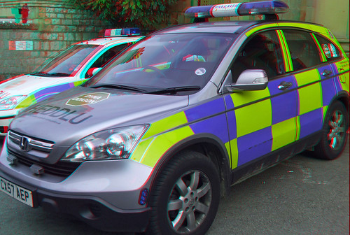Police 4x4 car Ruthin in anaglyph 3d Stereo red blue glasses to view