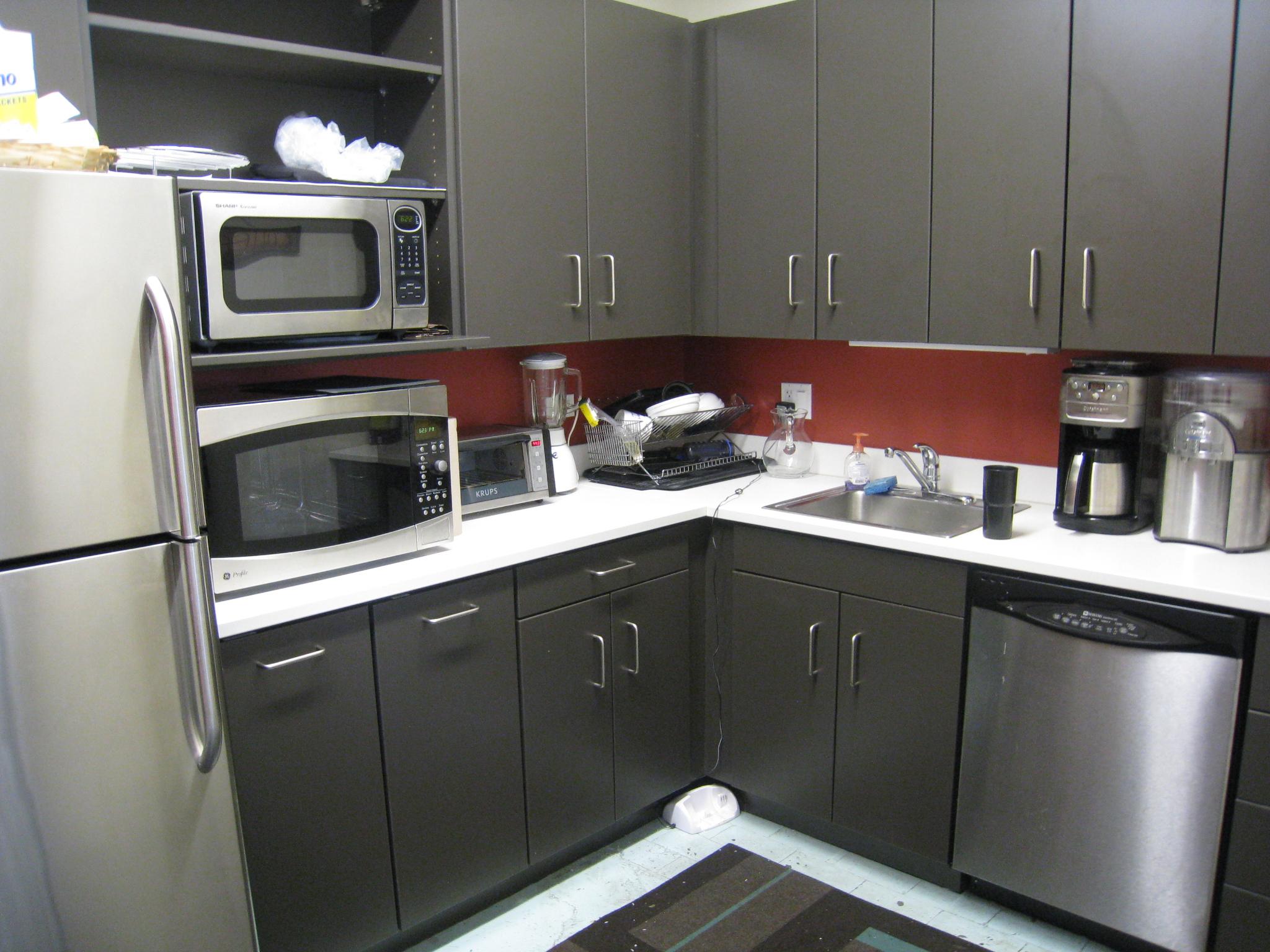 przykładowa funkcjonalna kuchnia - zdjęcie