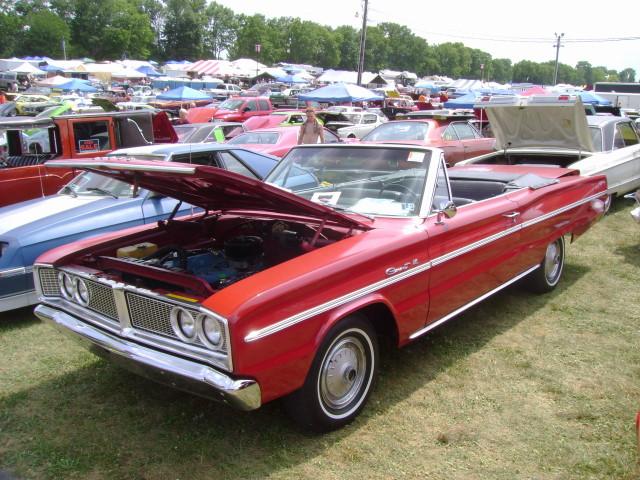 1966 Dodge Dart V8 Wagon likewise Dodge Dart Gt 1966 En Venta Algunos Cromos 130953 likewise File 1966 Dodge Phoenix   Flickr   Sicnag as well 246638 1972 Dodge Polara 4 Door Hardtop besides Coupe. on 1966 dodge coronet 440