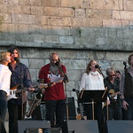 The Weight and I Shall Be Released, with Richie Havens and Glen Hansard. Photo by Laura Fedele