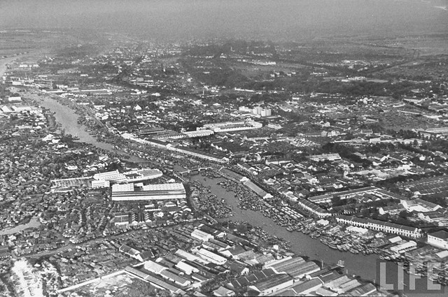 A river coasting in Saigon from a bird's eye view. March 1950