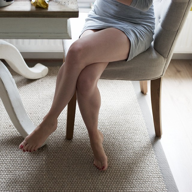 Gorgeous wife at home 10