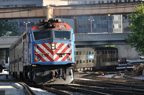 METX 211 Departs Chicago Union Station
