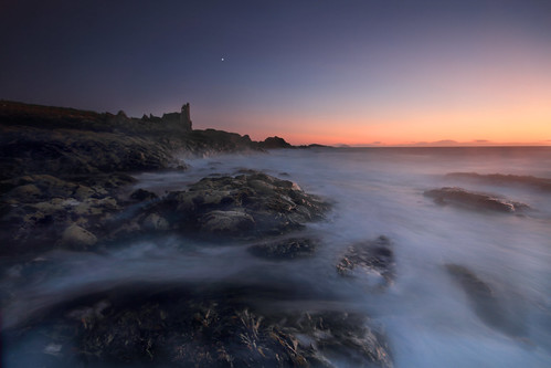 sunset sea castle canon coast scotland rocks long exposure sigma 7d grad 1020 dunure cokin nd8