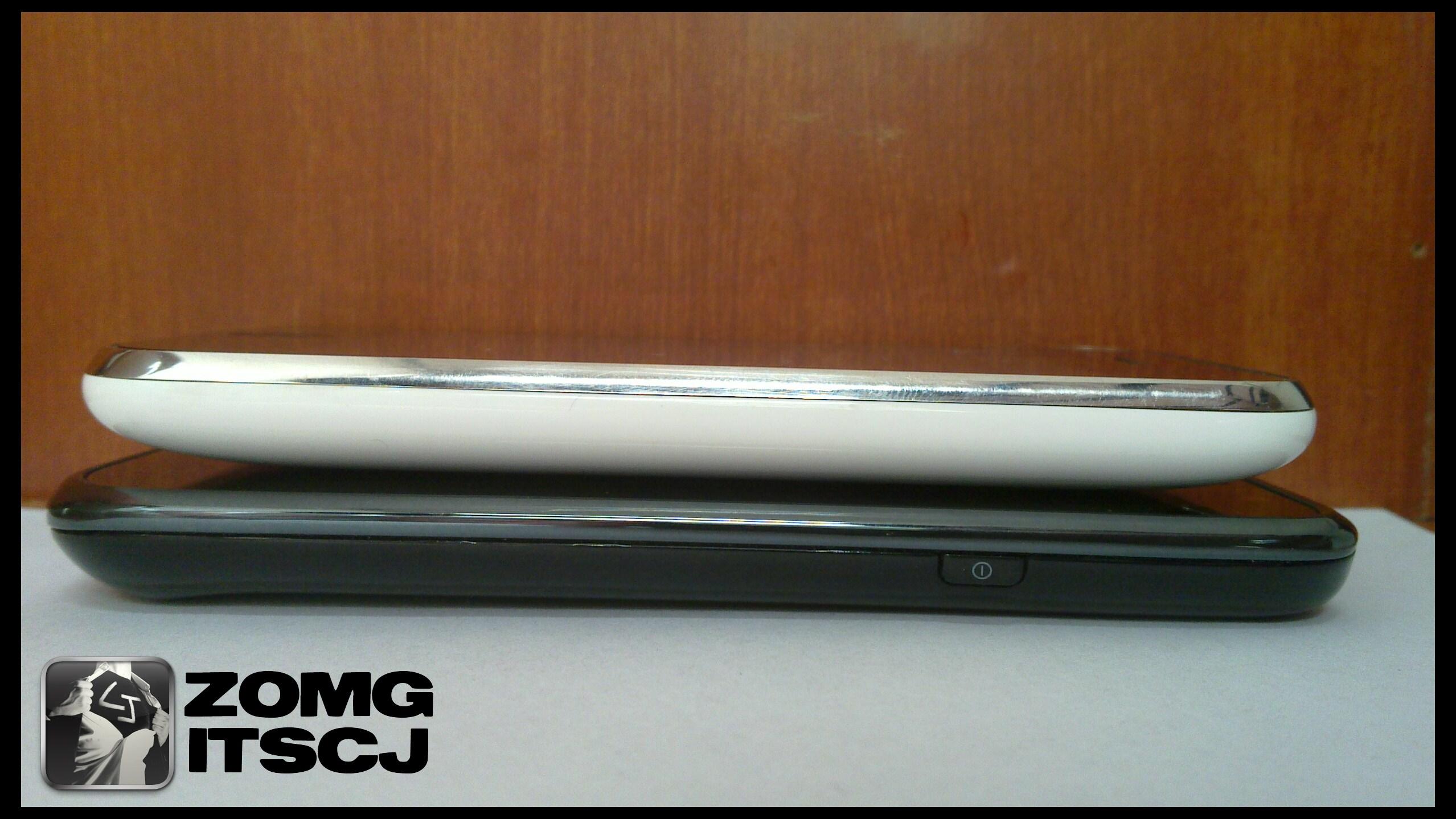 Samsung Galaxy S vs iPhone 3GS   Flickr - Photo Sharing!