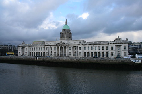2010.02.26 Dublin 26 City Quay 09 The Custom House
