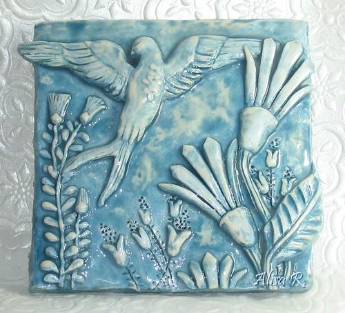 Bird in Garden tile