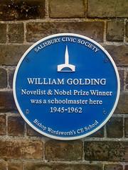 Photo of William Golding blue plaque