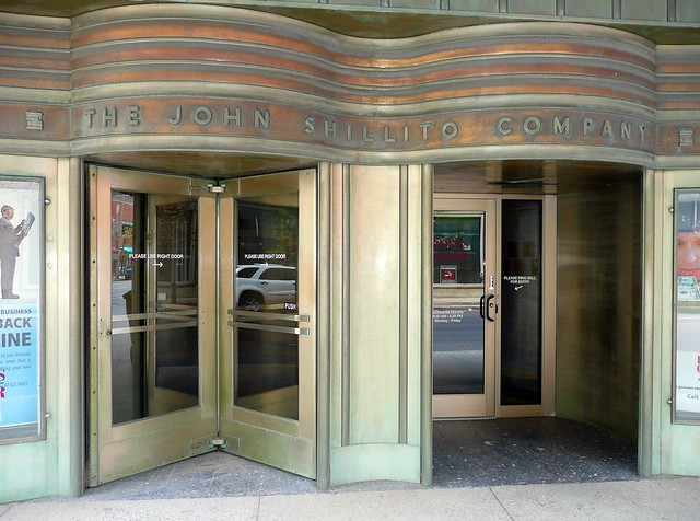 Cincinnati, OH The John Shillito Company ~ north entrance