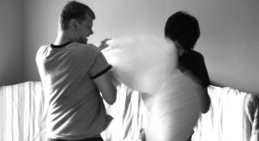 Sexy Pillow Fight
