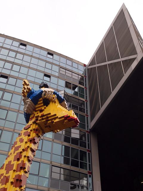 Berlin architecture - Une girafe dans la ville
