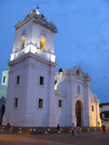 sunset church atardecer colombia tramonto centre centro colonial catedral iglesia center chiesa historical marta sant santamarta サンタ cattedrale storico historico coloniale 哥伦比亚 קולומביה 哥倫比亞 マルタ 콜롬비아 колумбия কলম্বিয়া 圣玛尔塔 サンタ・マルタ كولومبيا