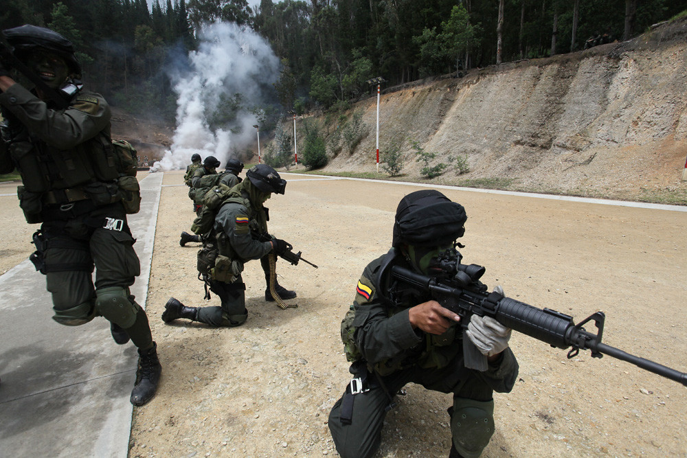 Colombian Armed Forces. 4945156708_970733079b_b