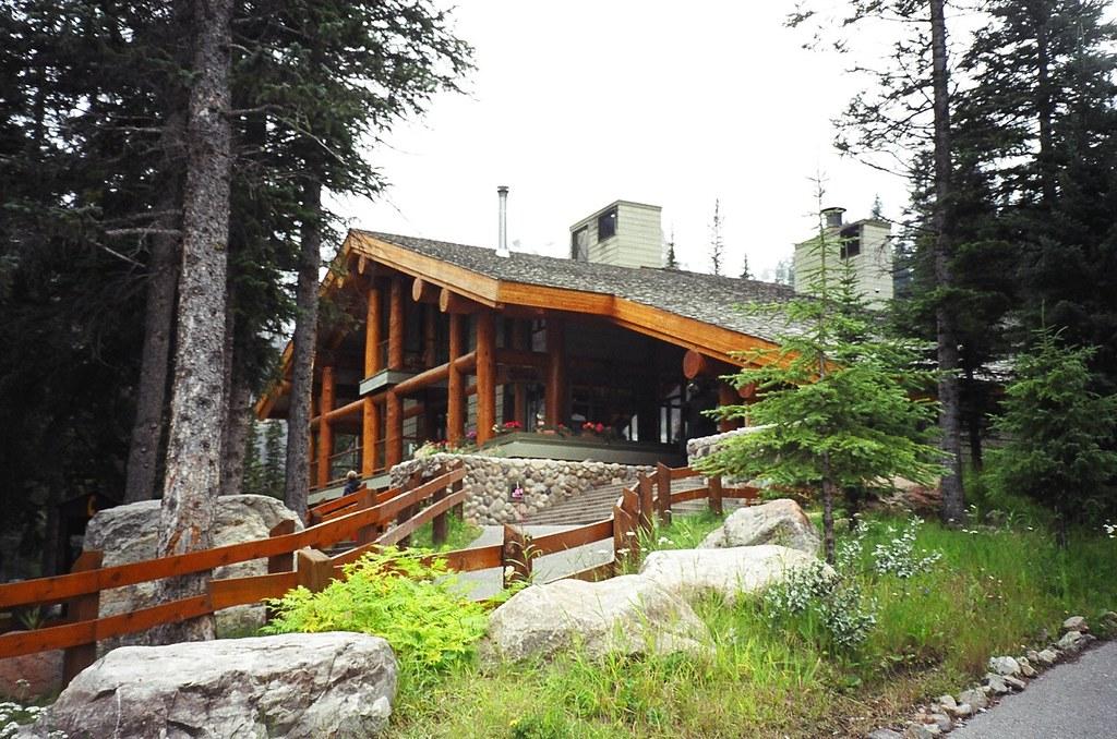 Rustic Moraine Lake Lodge Moraine Lake Banff National Pa