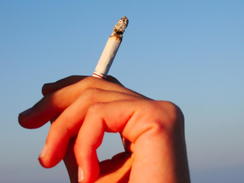 8 Words For Cigarette in Spanish Slang