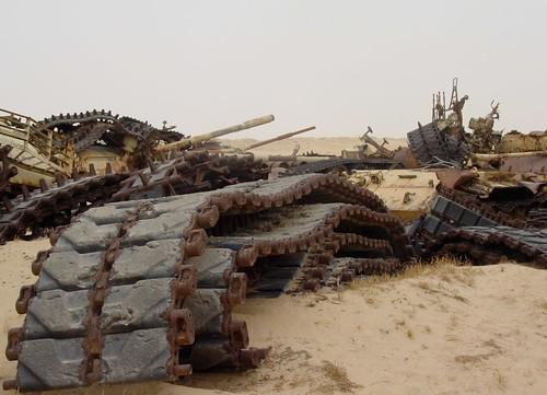 Tank graveyard (Kuwait) 03