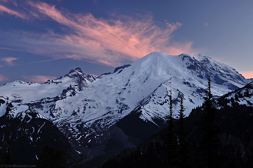 sunset cloud mountain sunrise volcano evening nationalpark nps dusk explore mountrainier visitorscenter nikond90