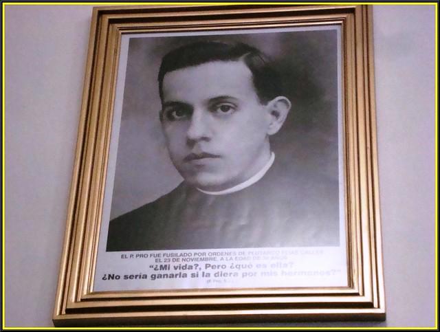 Alfonso enrique barrientos fotos novedades informaci n de la web - Libreria cervantes torrelavega ...