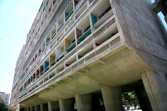 """France, Bouches-du-Rhône (13), Marseille, 8ème arr. : """" Cité Radieuse """" Le Corbusier 1945-52 , """" l'Unité d'Habitation de Grandeur Conforme """" facade est"""