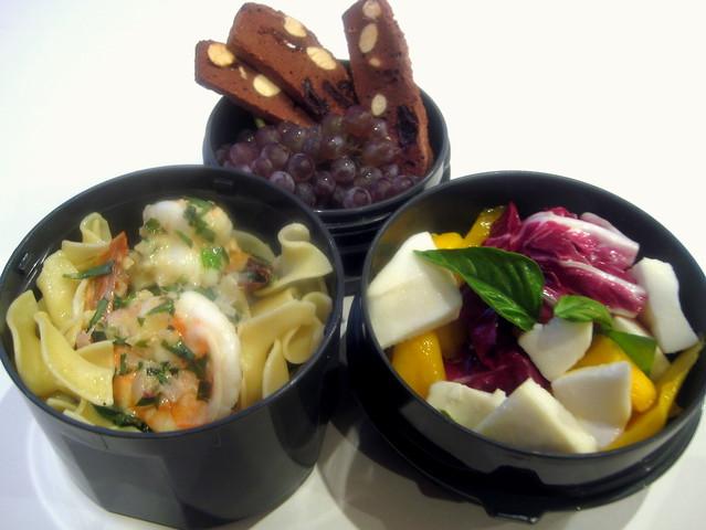 10 Mango Radicchio Caprese Salad   More at PopArtichoke ...