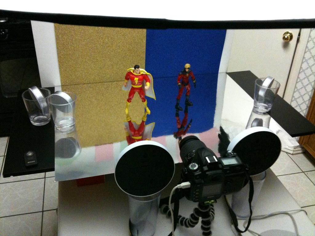 Captain Marvel vs. Captain Marvel Setup