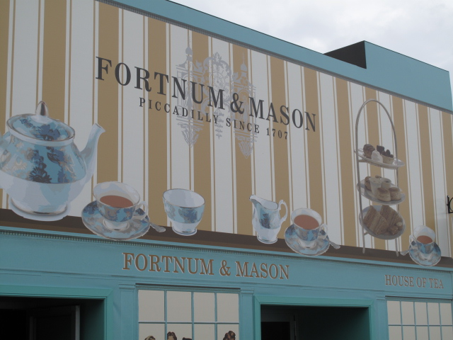 Fortnum and Mason tea room
