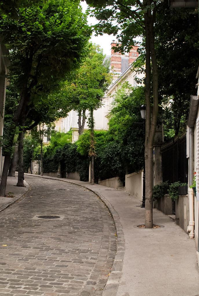 L 39 avenue frochot et si on se promenait for La maison du lit paris