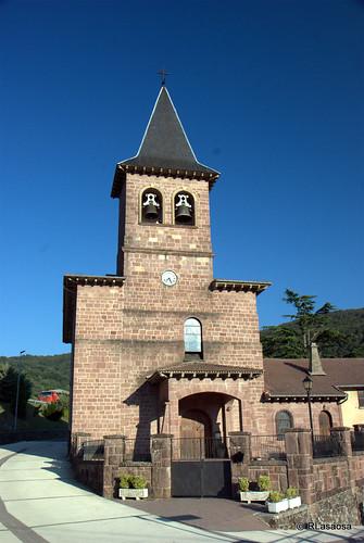 Iglesia de San Gil, Eugui, Navarra by Rufino Lasaosa