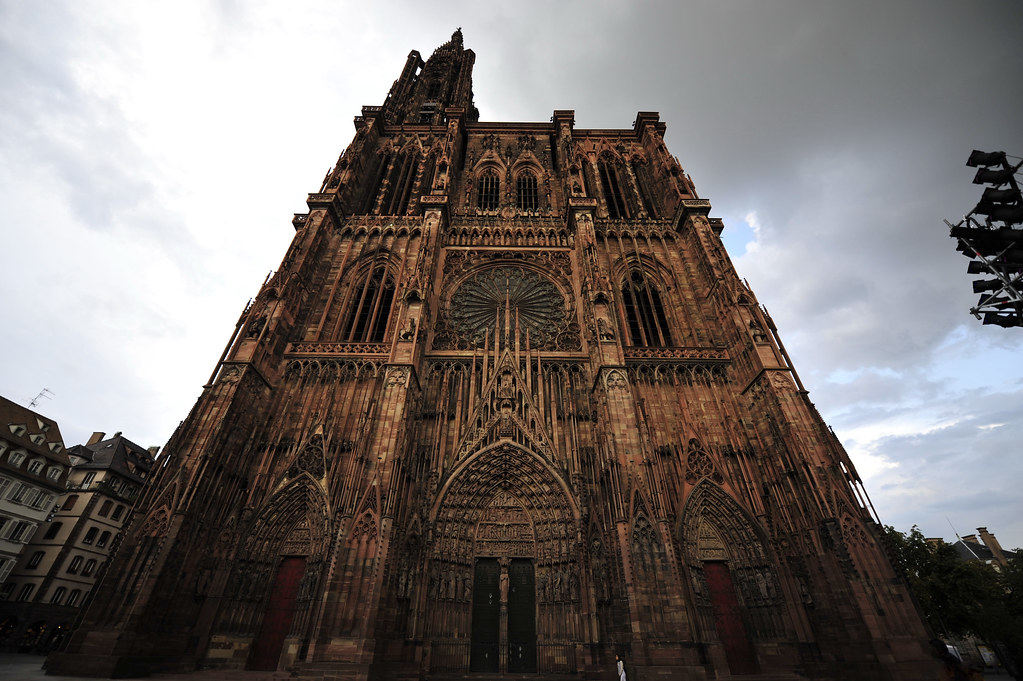 La Cathédrale de Strasbourg en entier ...
