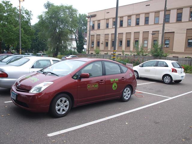 HourCar Plug-In Prius 5