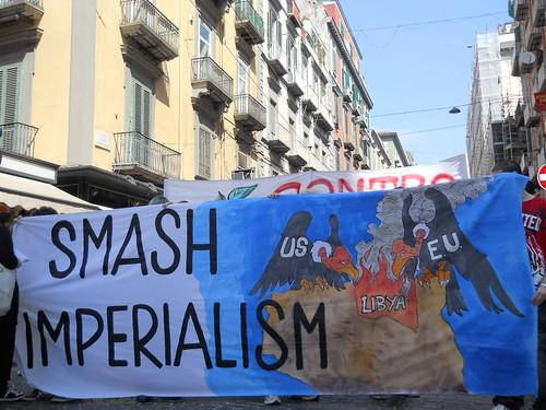 """""""anche il 9 aprile"""" """"per un piano alternativo di rifiuti.... SMASH IMPERIALISM!"""""""