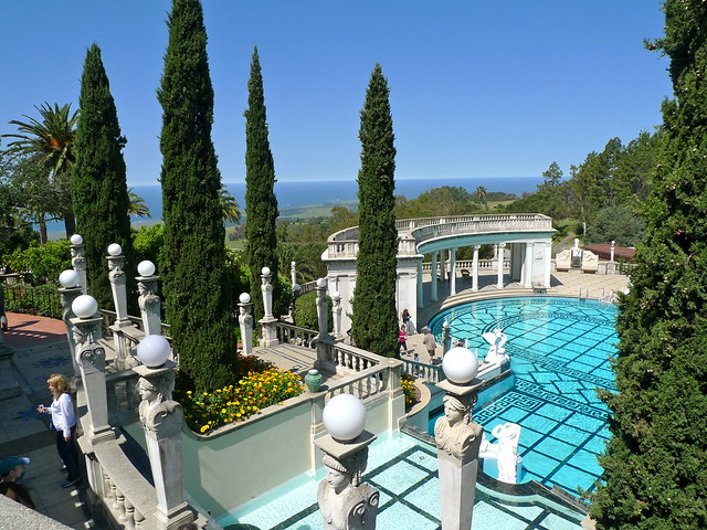 Hearst Castle by Cc user sanfranannie on Flickr