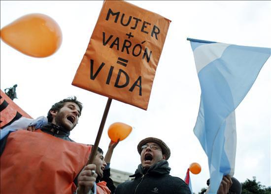 Matrimonio Gay Biblia : Marcha en contra de ley matrimonio gay argentina
