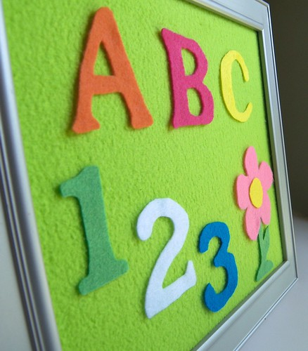 Tiny elephant boutique craft this weekly july 22 2010 for Flannel board letters