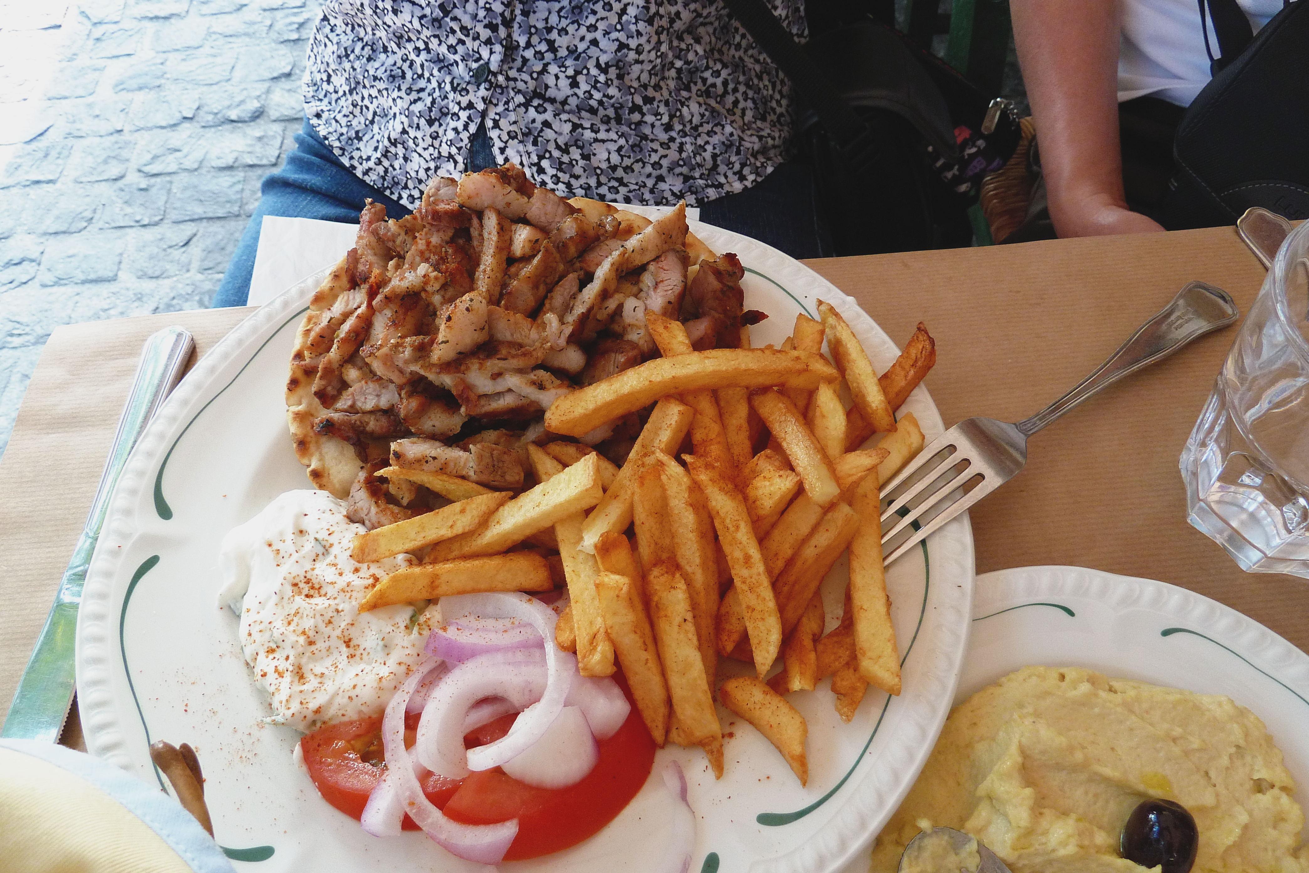 Mom's Pork Gyros Plate, Dia Tauta, Athens
