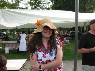 shira and the floppy hat