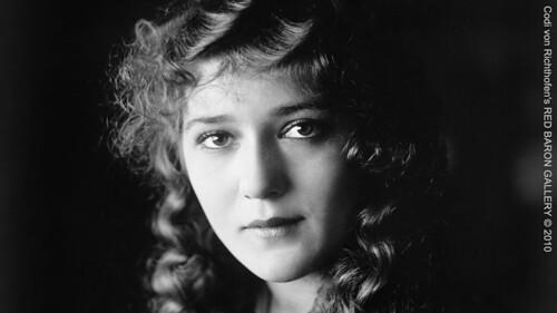 World War I Sweetheart, Mary Pickford - Codi von Richthofen, 2010