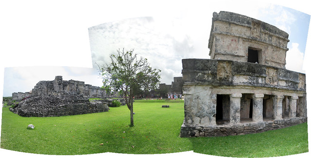 Tulum Ruins Panoramic - Flickr CC ricardodiaz