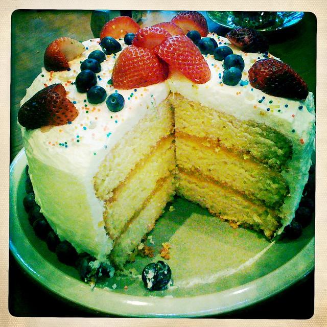 Gluten-Free Lemon Layer Cake with Lemon Curd Filling and Lemon ...