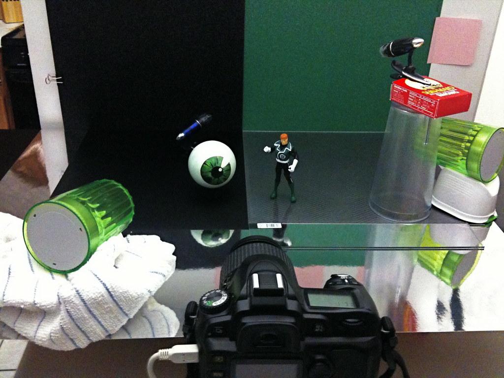 Emerald Eye Of Ekron vs. Green Lantern Guy Gardner Setup