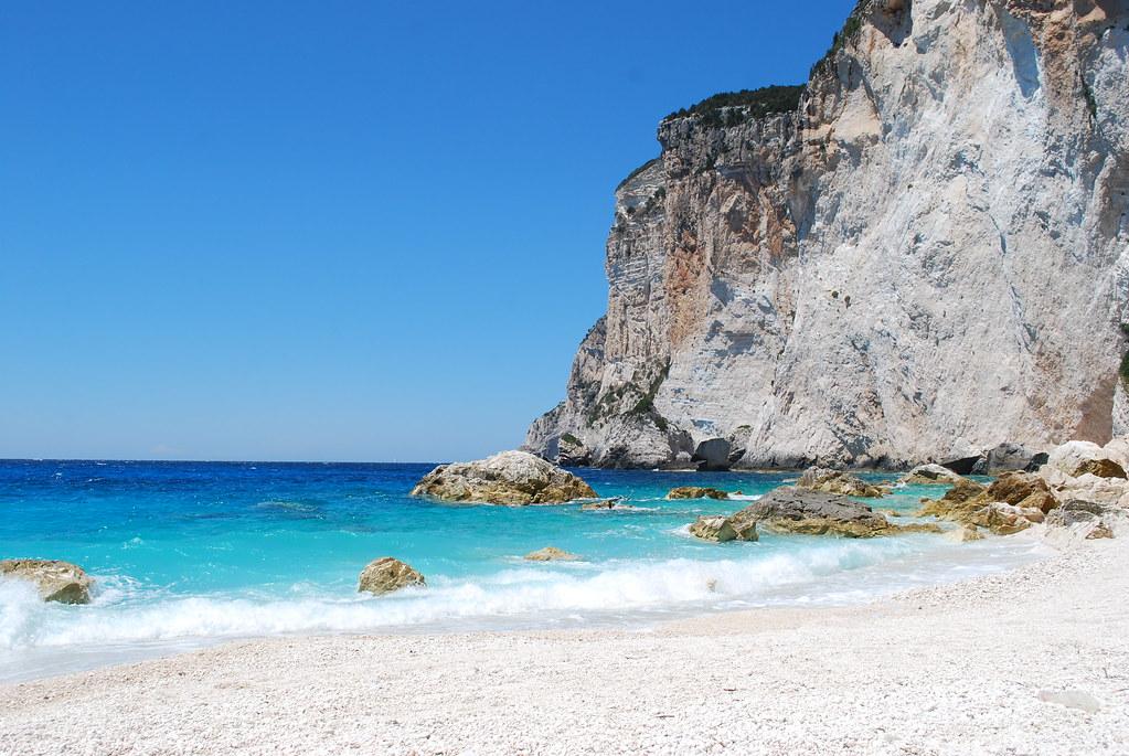 Паксос пляж