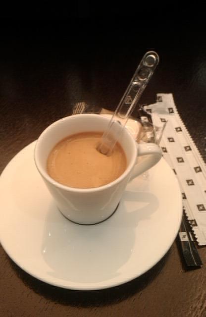 Tomándome un señor café en @Nespresso