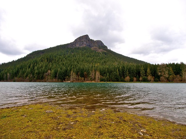 Rattlesnake Ridge lake