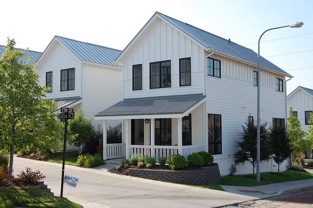 The towns at little italy omaha nebraska flickr for Home builders nebraska